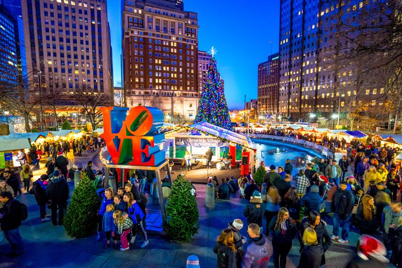 Christmas Village Philadelphia.Christmas Village Returns To Love Park For 2015 Holiday